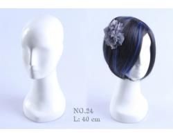 Głowa damska, abstrakcyjna, biały połysk